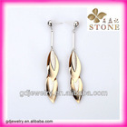2013 hotsale very beautiful leaf earrings for young lady