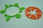 thickening dinner mat, lucky grass shaped silicone hot pot holder