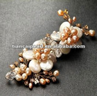 Free shipping!!!! Natural mother pearl gently beautiful pearl flower brooch
