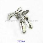 2012 Fashion leaf rhinestone brooch pin