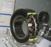 Double sealed spherical roller bearing