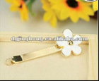 Decorative heronsbill hair pin