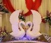 fiberglass swan model for wedding decoration