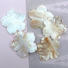 41mm carved flower-shape river shell pendant