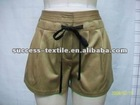 2012 fashion solid color pleats shorts