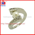 fashion pearl ring designs with crystal