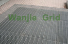 walkway and pavement drainage cover flooring steel grating