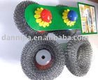 steel wool scouer with plastic handle