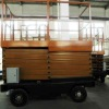towable mobile scissor lift platform